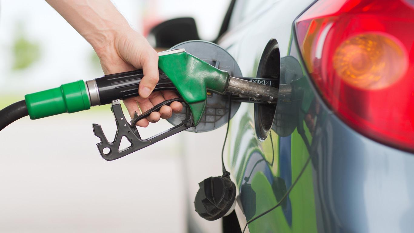 Fuel Duty hike scrapped (Image: Shutterstock)