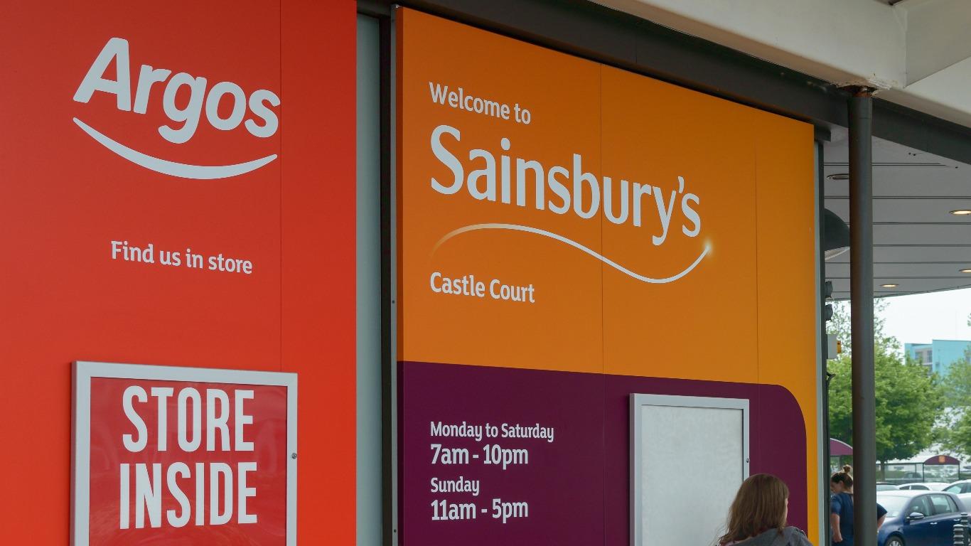 Sainsbury's shopping rules (Image: Shutterstock)