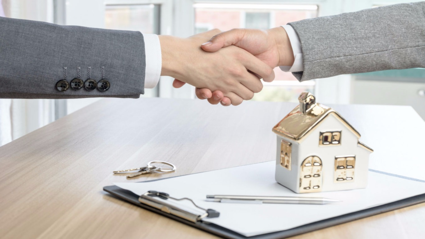 Spike in house sales (Image: Shutterstock)