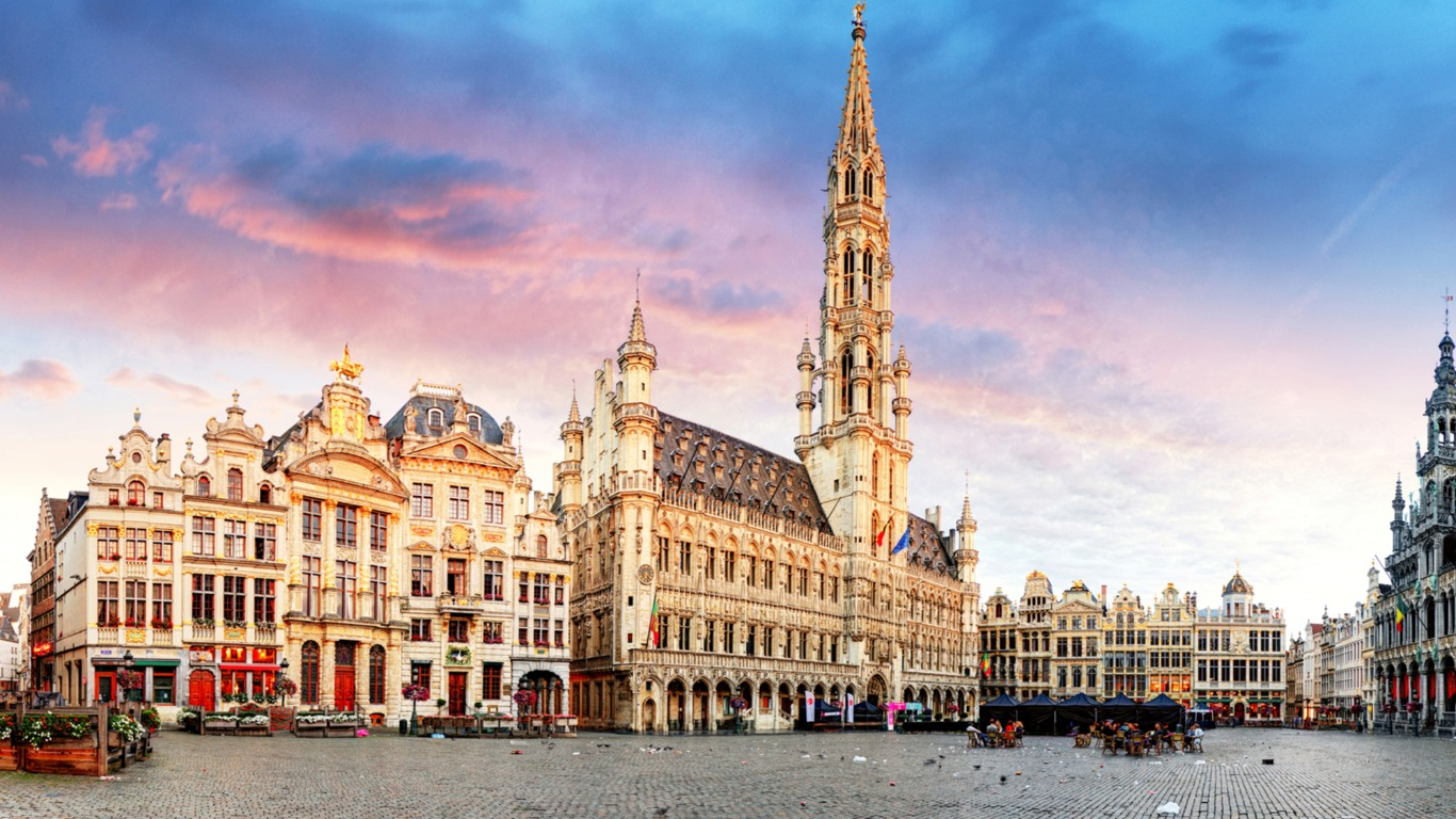 Dating Girls Bruxelles)