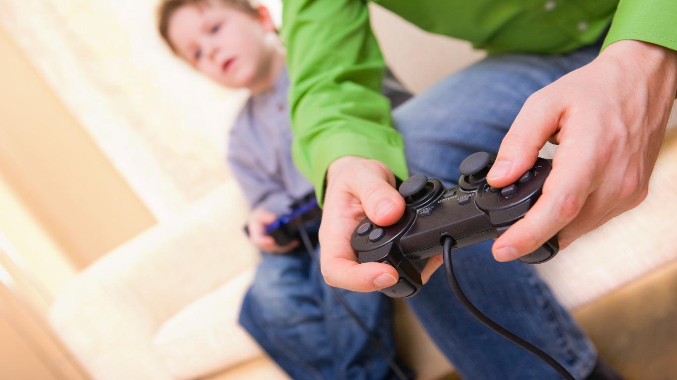 Cheap and free indoor activities (Image: Shutterstock)