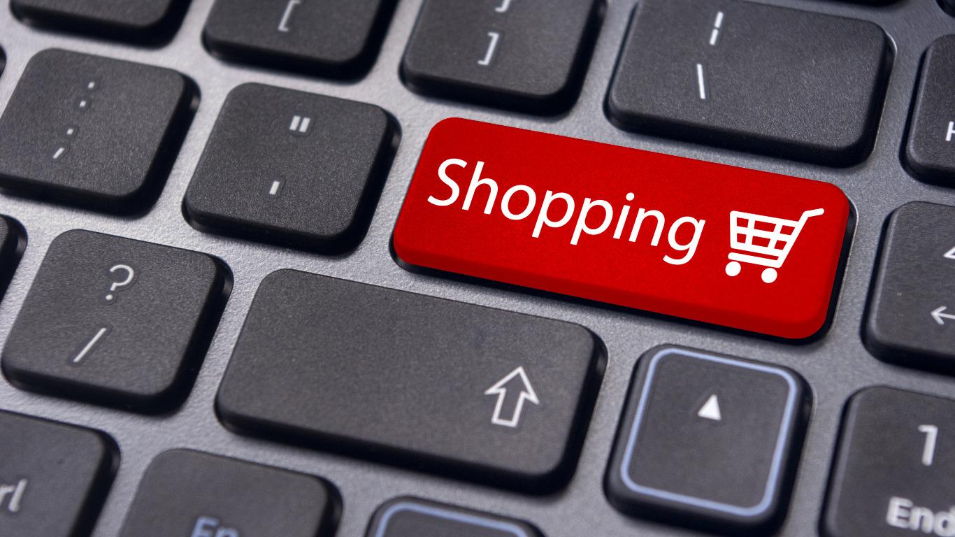 Online shopping tips (Image: Shutterstock)