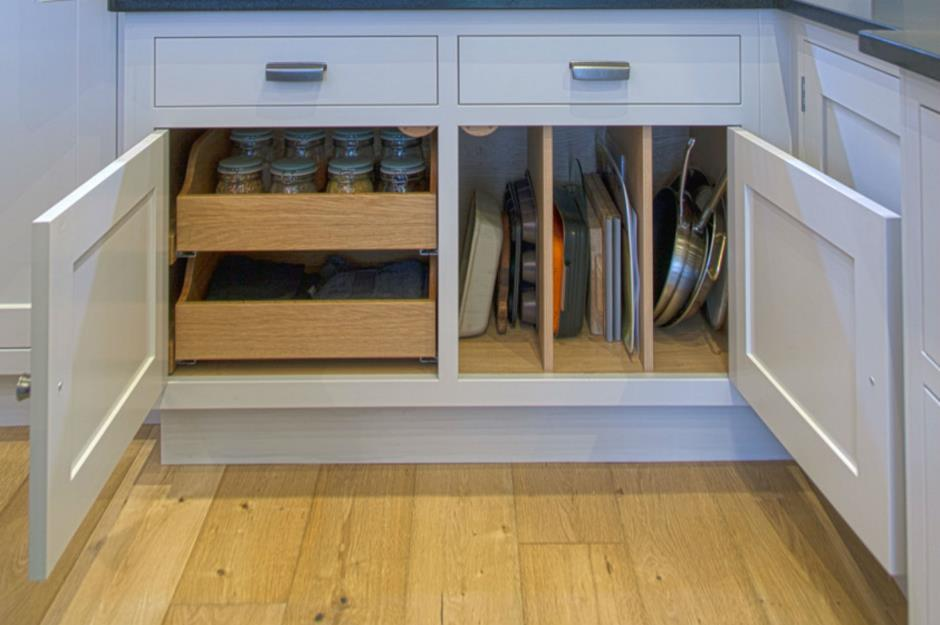 31 Space Saving Ideas For Small Kitchens Loveproperty Com