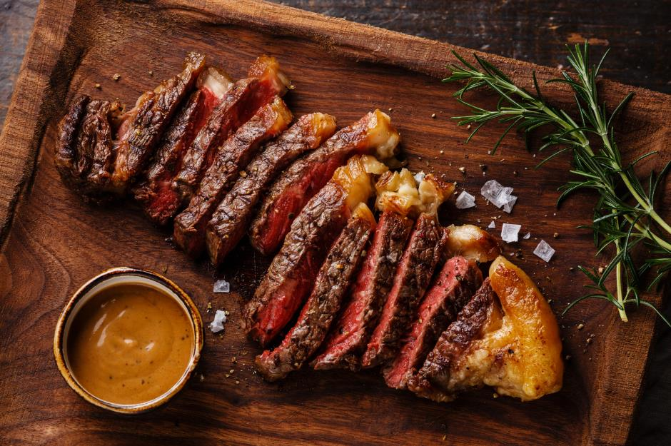 learn to make one great sauce for steak