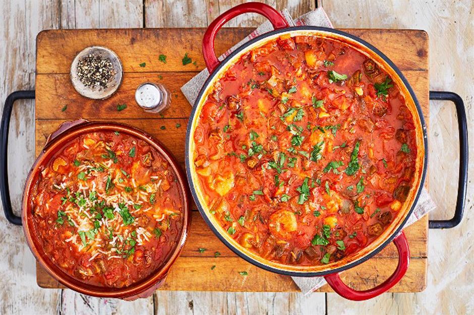 34 Nourishing Stews To Keep You Full This Autumn Lovemoneycom