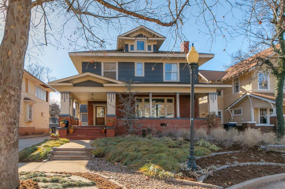 Gorgeous All American Craftsman Homes For Sale Loveproperty Com