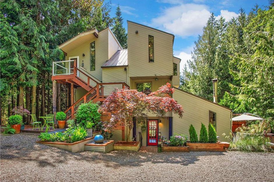 Real homes for sale in America's most adorable small towns