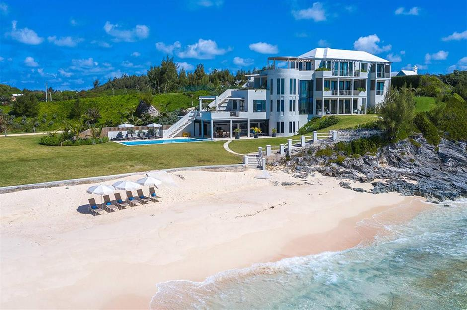 10 breathtaking beach homes you won't believe   property.com on beautiful luxury home plans, hillside luxury home plans, luxury beach house plans, ocean home plans, house plans home plans, mountain luxury home plans, island house plans, ocean front house plans, beach luxury home plans,