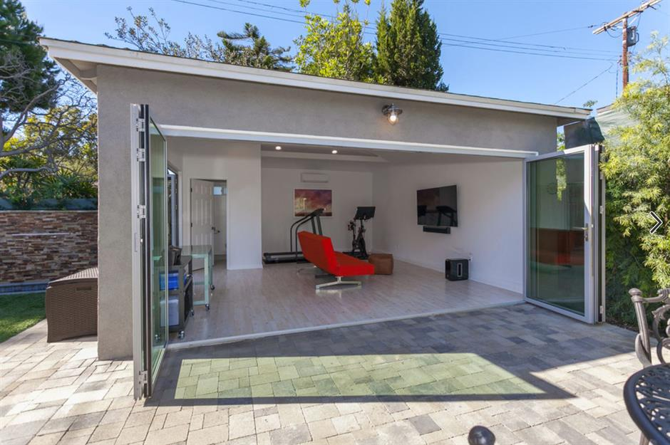Garage conversion ideas to add more living space