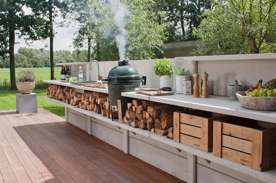 28 Incredible Outdoor Kitchens We D Love To Cook In Loveproperty Com