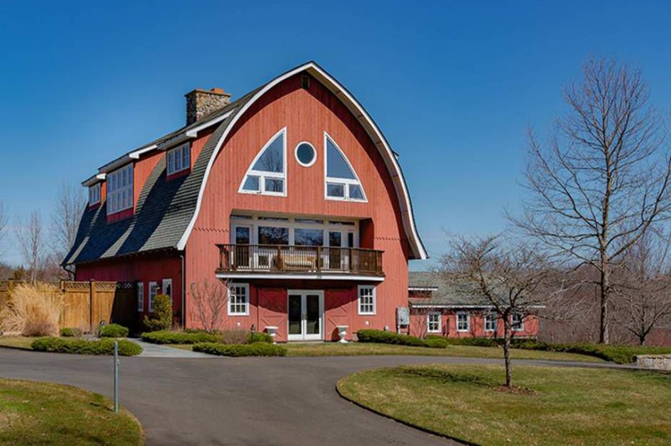 Beautiful American Barns That Have Been Turned Into Dream