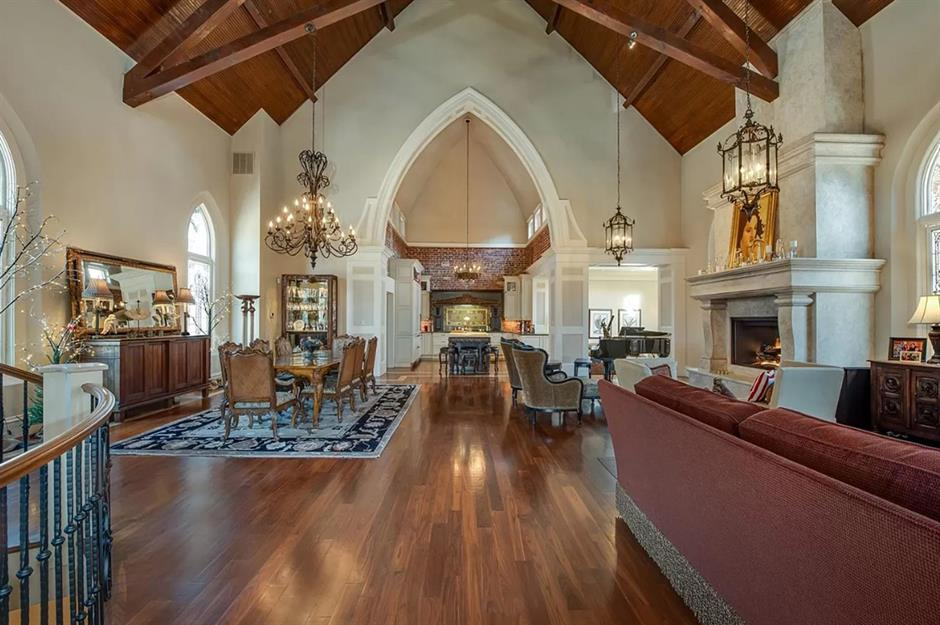 20 Heavenly Homes That Were Once Churches Loveproperty Com