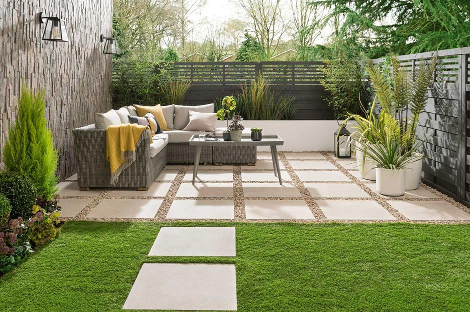 Block Paving Ideas For Gardens, Stylish But Simple Small Garden Ideas Loveproperty Com