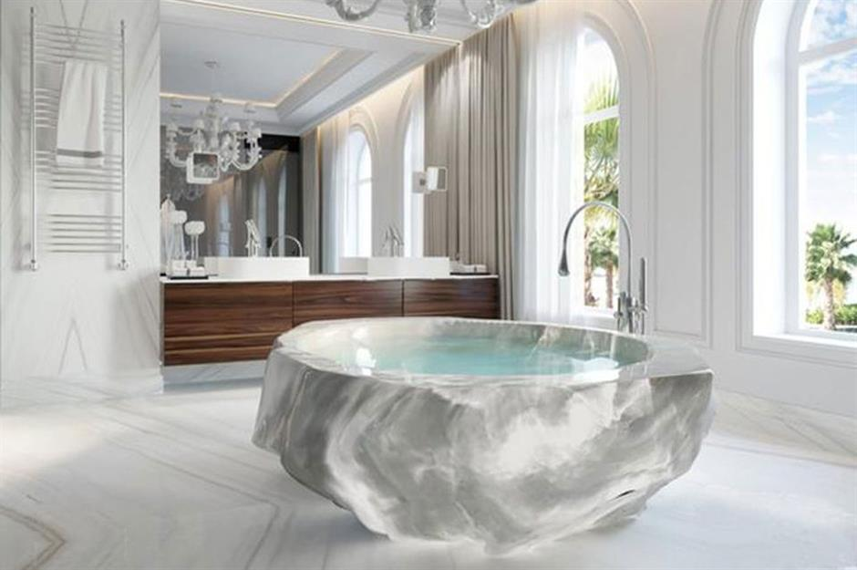 Million-dollar bathtub, XXII Carat Villa, Dubai, UAE: Blinging bathrooms only