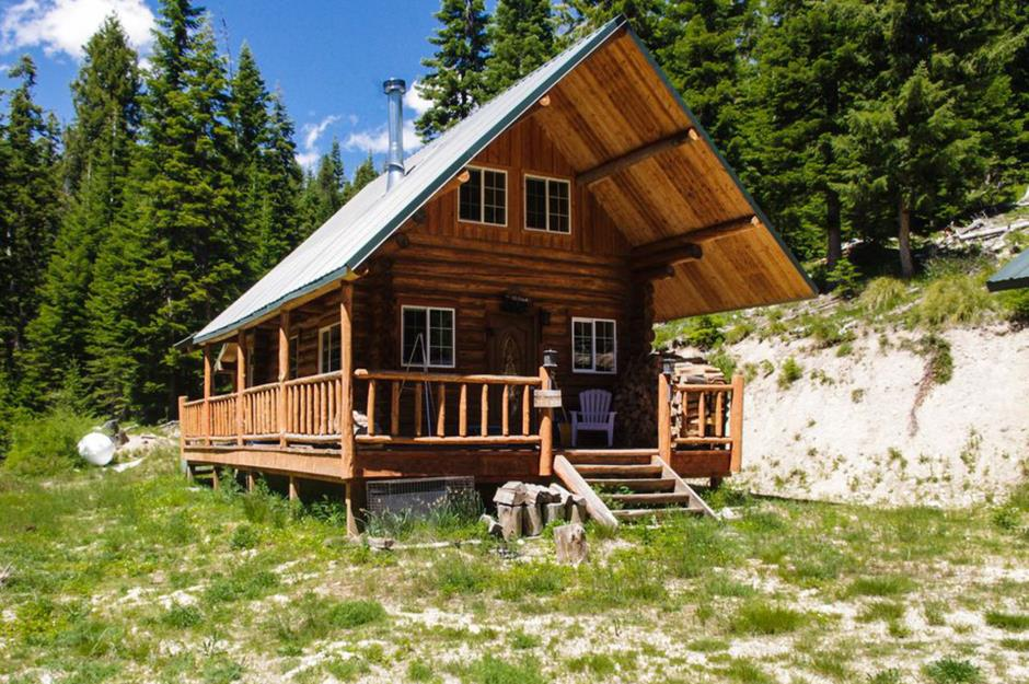 Miraculous The Most Adorable Tiny Houses In Every State Loveproperty Com Home Interior And Landscaping Oversignezvosmurscom