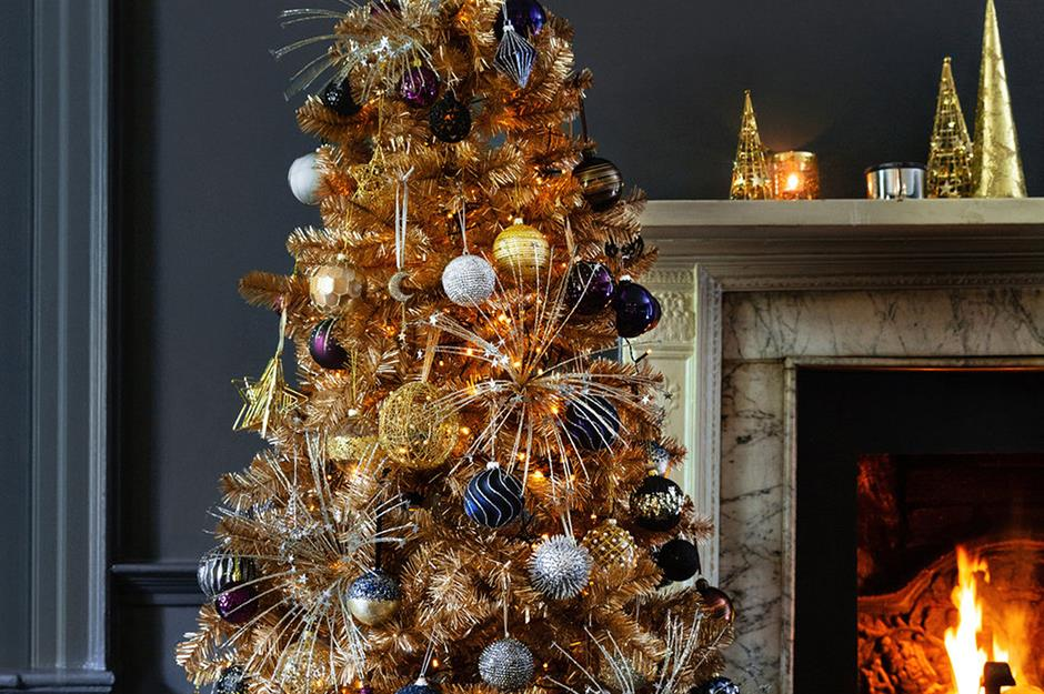 Christmas Tree Decorating Ideas For Every Style And Budget Loveproperty Com