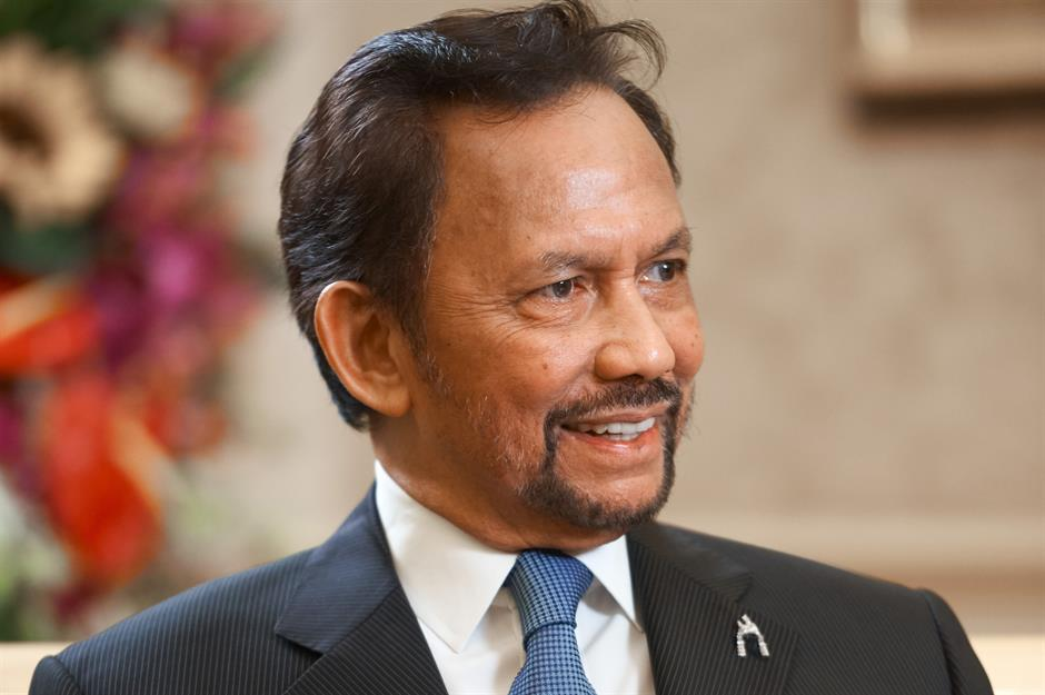 The Sultan of Brunei's sensational spending | lovemoney com