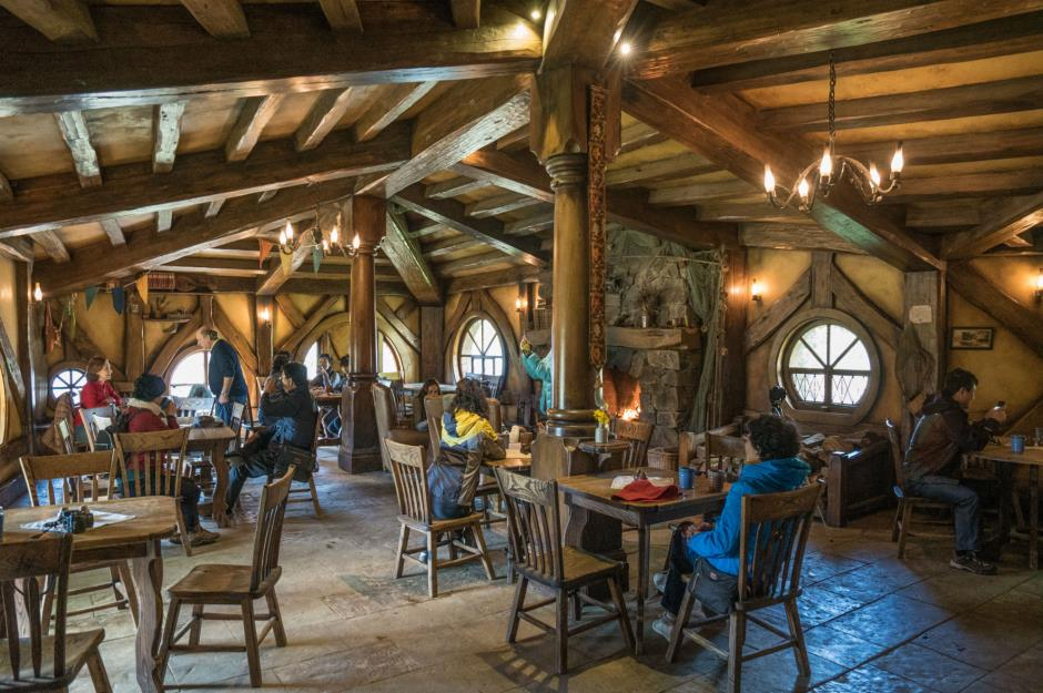 real life hobbit homes that put the shire to shame loveproperty com rh loveproperty com hobbit house interior design hobbit hole house interior