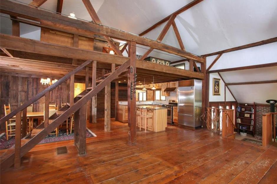 Beautiful american barns that have been turned into dream for Tobacco barn house plans