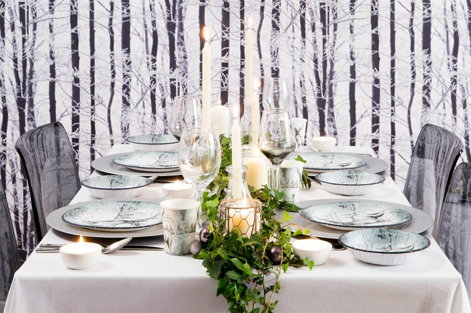 Beautiful Christmas Table Decorating Ideas Loveproperty Com