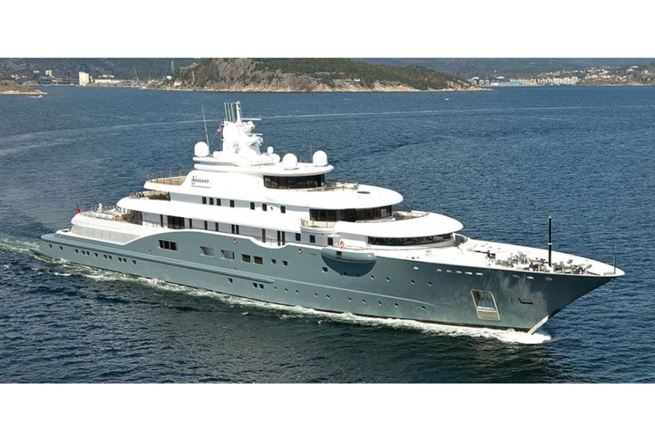 Billionaire Boats To Blow Your Mind And Your Wallet Lovemoney Com