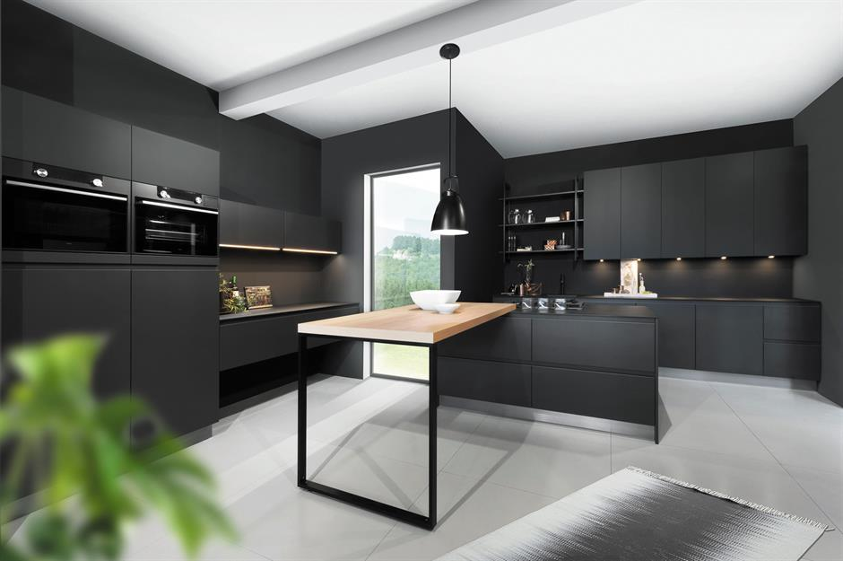 Black kitchen cabinets & Dark kitchens: black navy and dark grey kitchen ideas ...