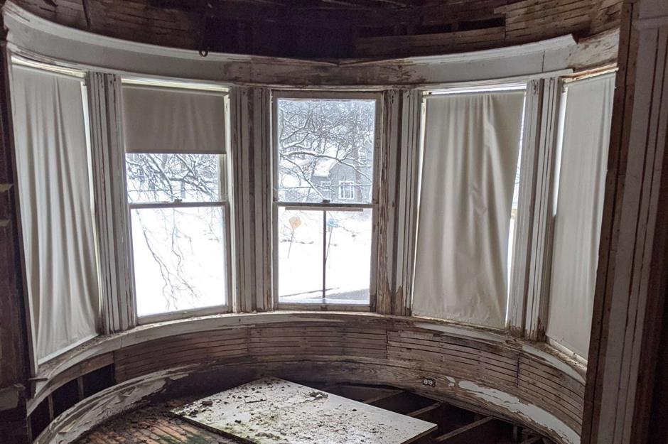 abandoned homes for sale in illinois