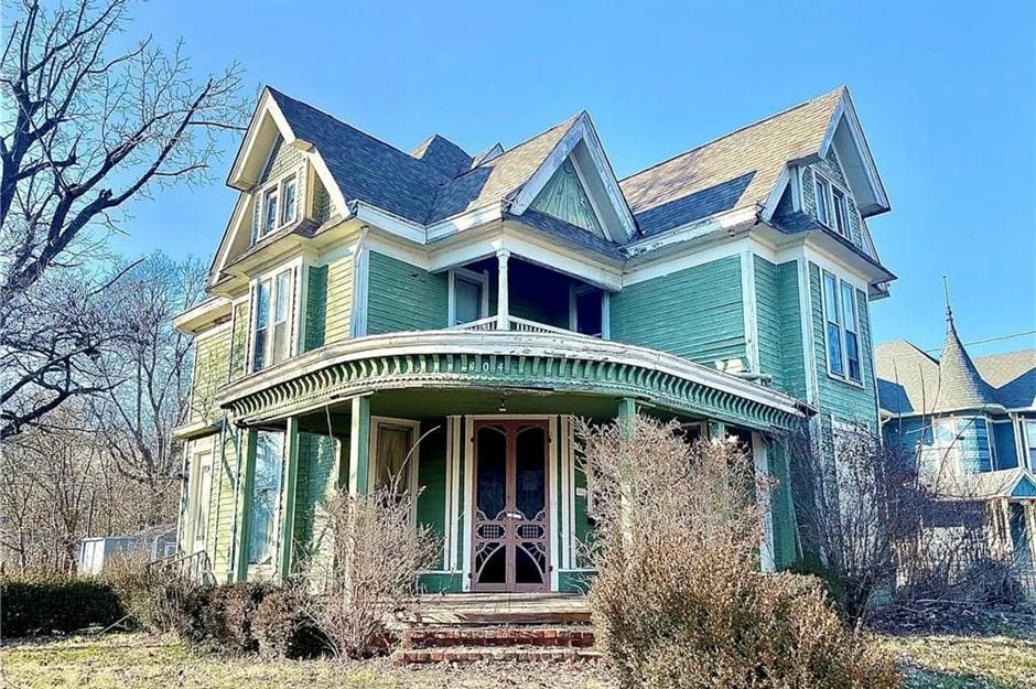 Historic Houses For Sale That Cost Less Than 100 000 Loveproperty Com