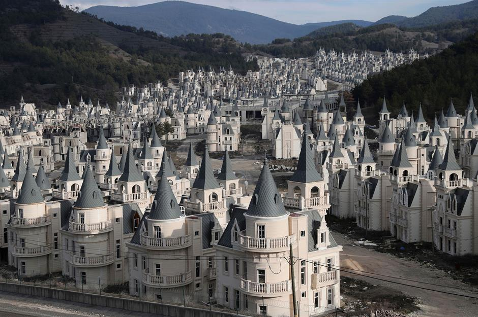 Burj Al Babas Tour The Ghost Town Of Abandoned Fairytale Castles Loveproperty Com