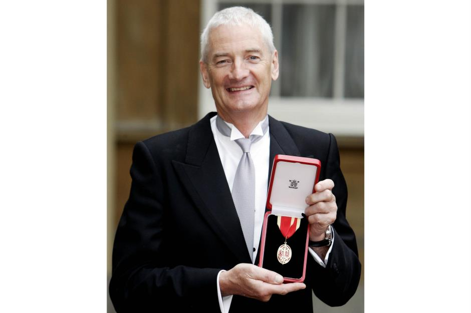 James Dyson The Billionaire Who Cleaned Up By Reinventing