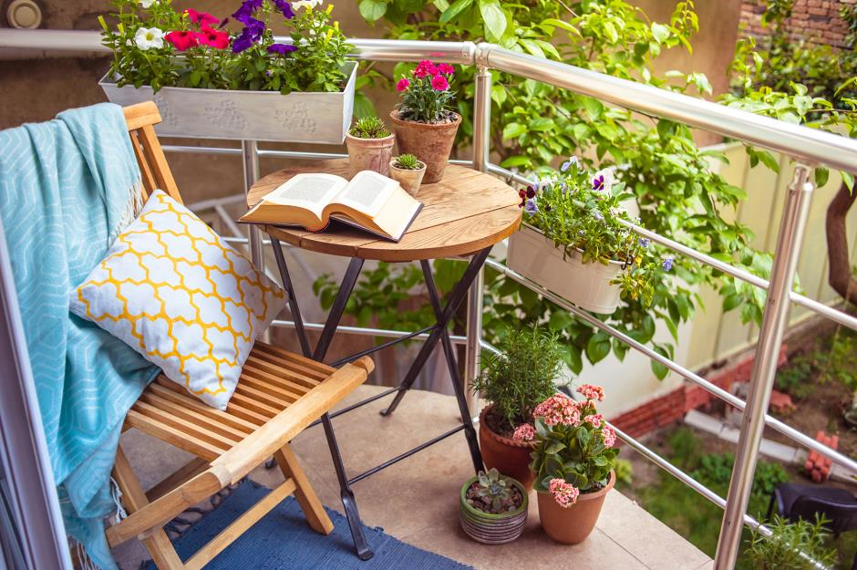 30 Stylish But Simple Small Garden Ideas Loveproperty Com