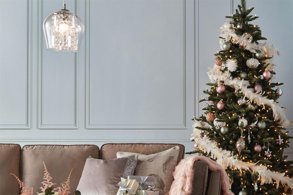 30 Style Shortcuts For No-hassle Christmas Decor