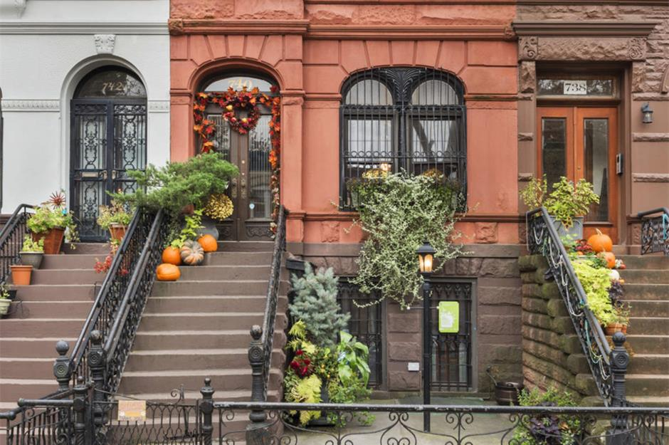 Classic New York City Brownstones Loveproperty Com