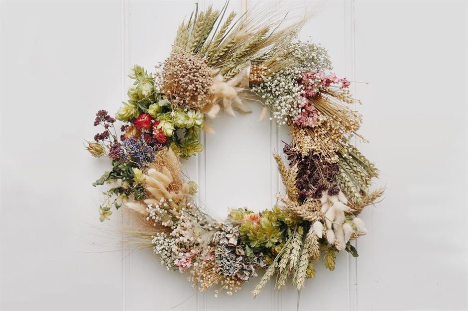 Fall For These Autumn Wreath Ideas