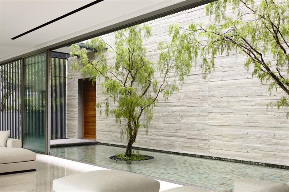 Gorgeous Homes With Secret Gardens Hidden Inside