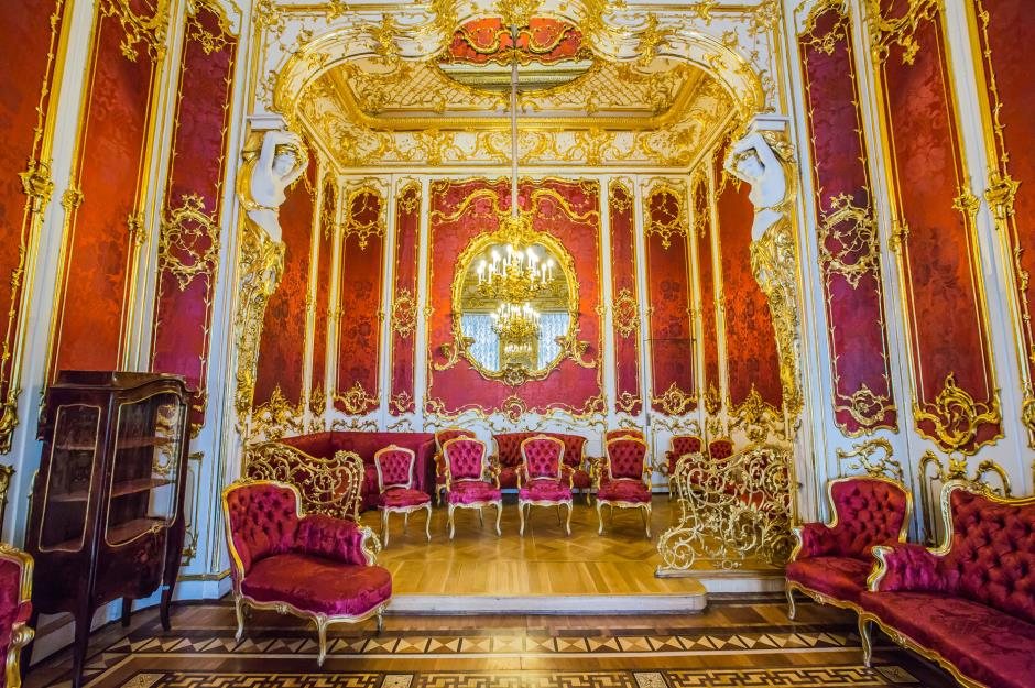 How much the world's most valuable palaces are worth | lovemoney com