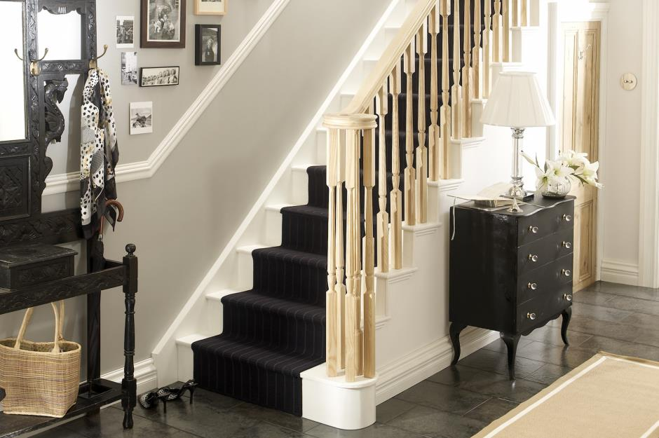 Staircases That Make An Entrance