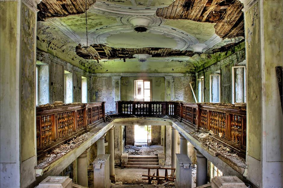 Abandoned Hotels And Airports You Won T Want To Check In To Loveexploring Com