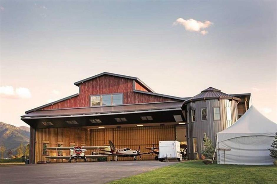 Airplane hangar homes taking architecture to new heights