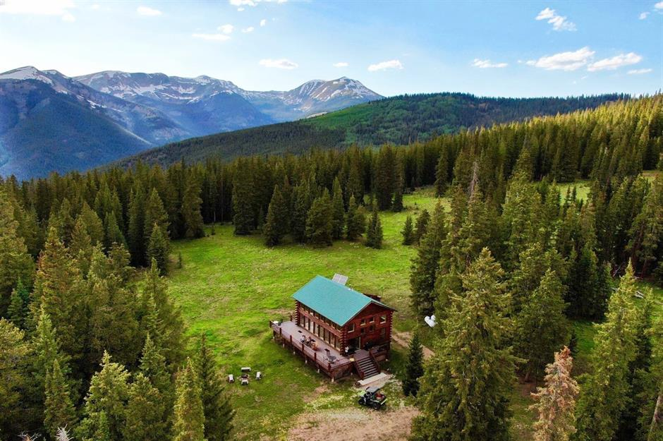 America S Most Remote Cabins For Sale Loveproperty Com
