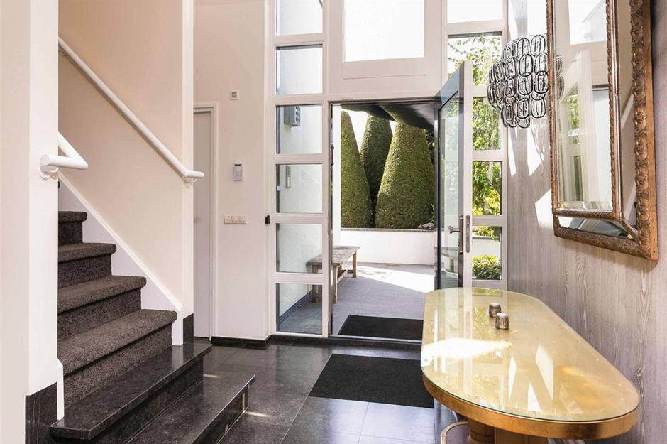 Art Deco Modern House