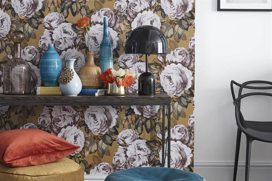 Add wow-factor wallpaper