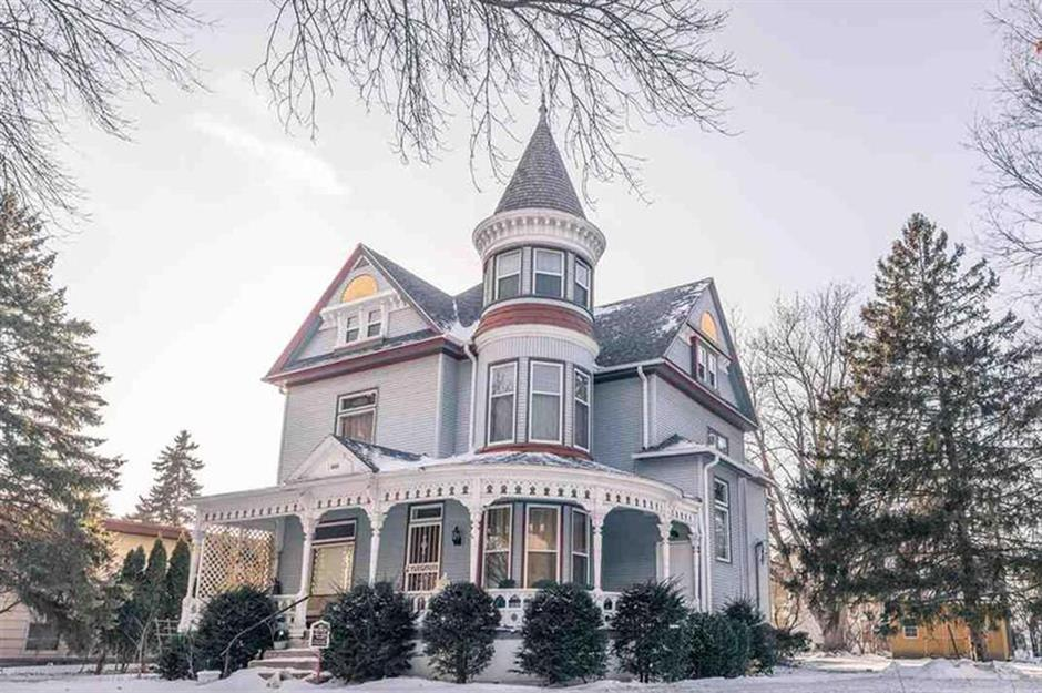 Home style: dream houses in every US state | property.com on 1890 ranch homes, 1890 folk victorian homes, 1890 american homes, 1890 colonial revival homes,