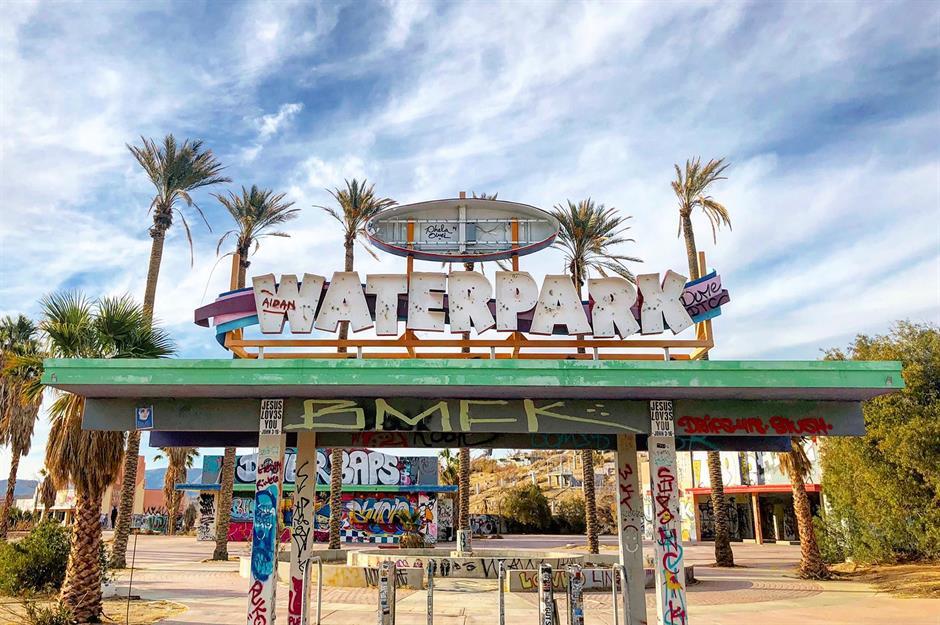 Inside America S Abandoned Theme Parks Loveexploring Com
