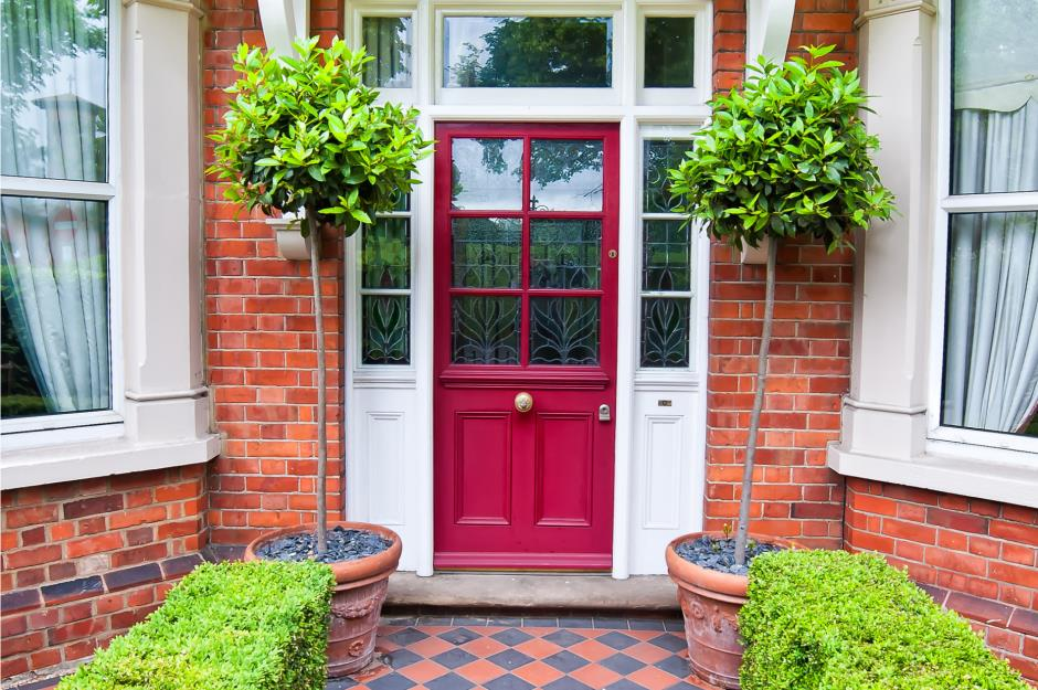 Make sure it fits & 29 fabulous front door ideas | loveproperty.com