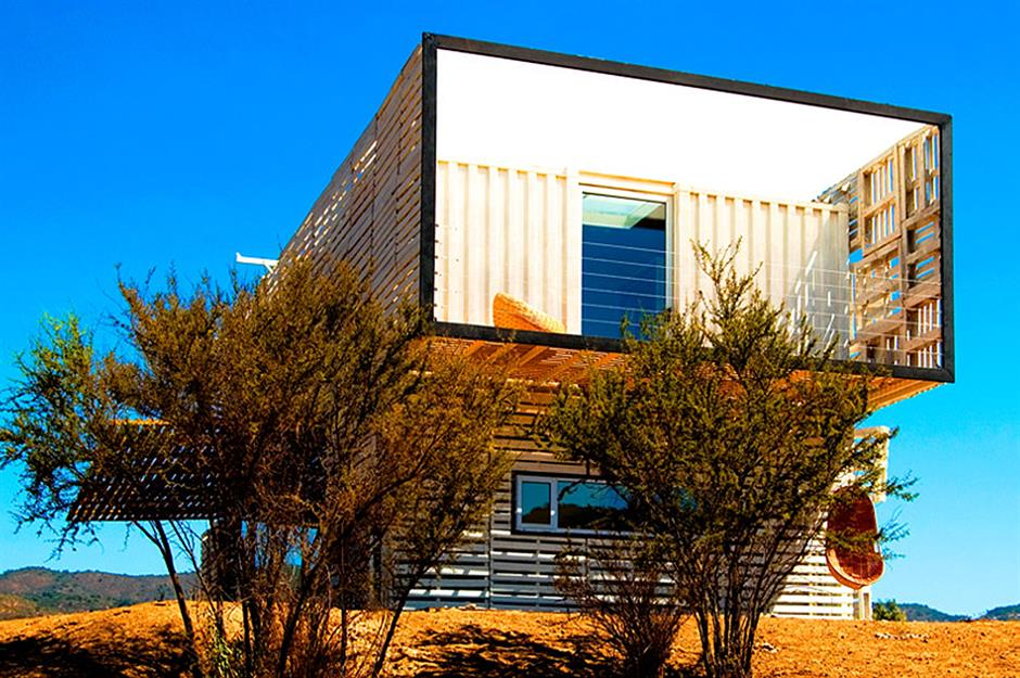 26 stunning homes made out of shipping containers