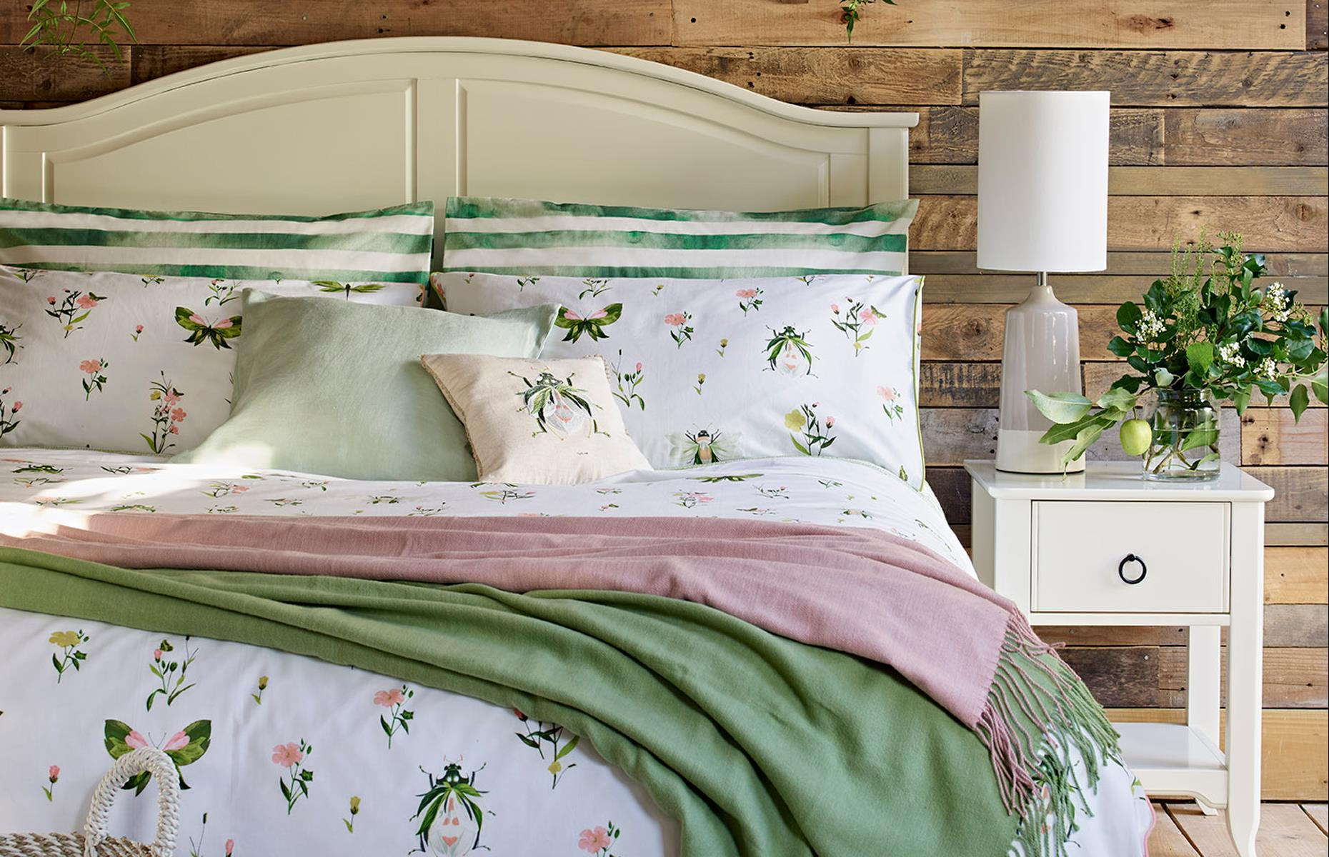 Green And Pink Bedroom With Summer Insect Bedlinen