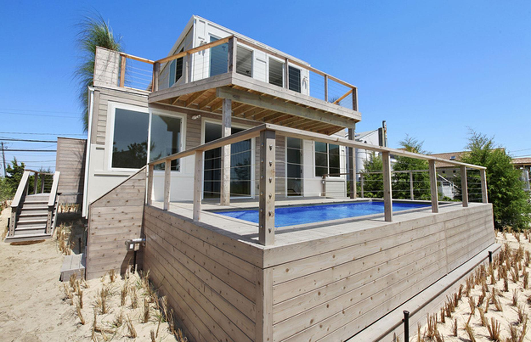 15 stunning homes made out of shipping containers