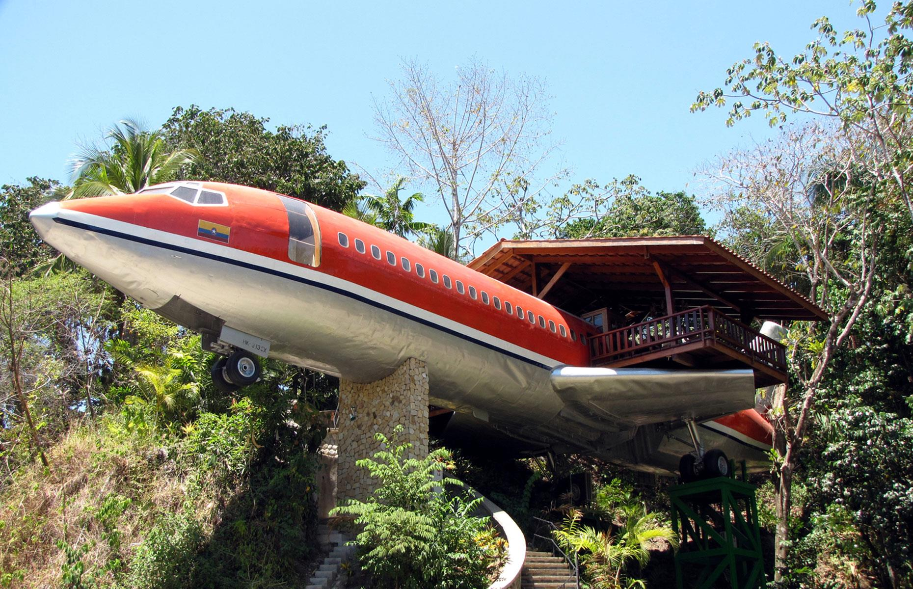 You Can Live In Amazing Aircraft Hotels