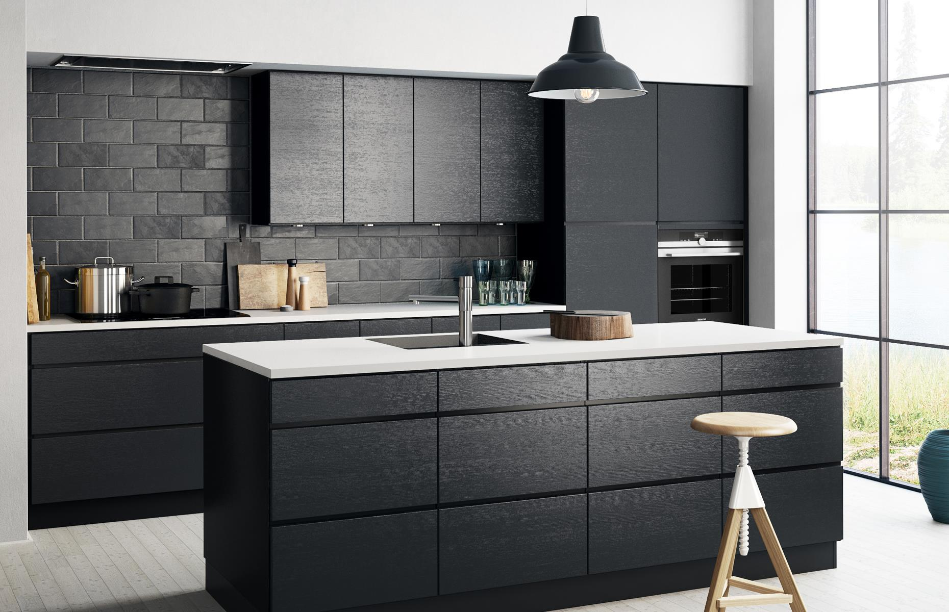 Dark Kitchens: Black, Navy And Dark Grey Kitchen Ideas | Loveproperty.com